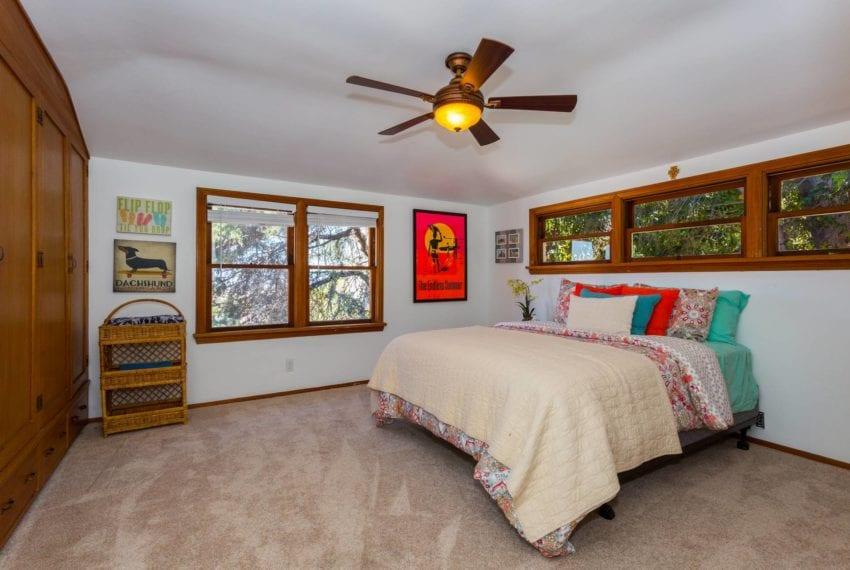 Bedroom 2-21