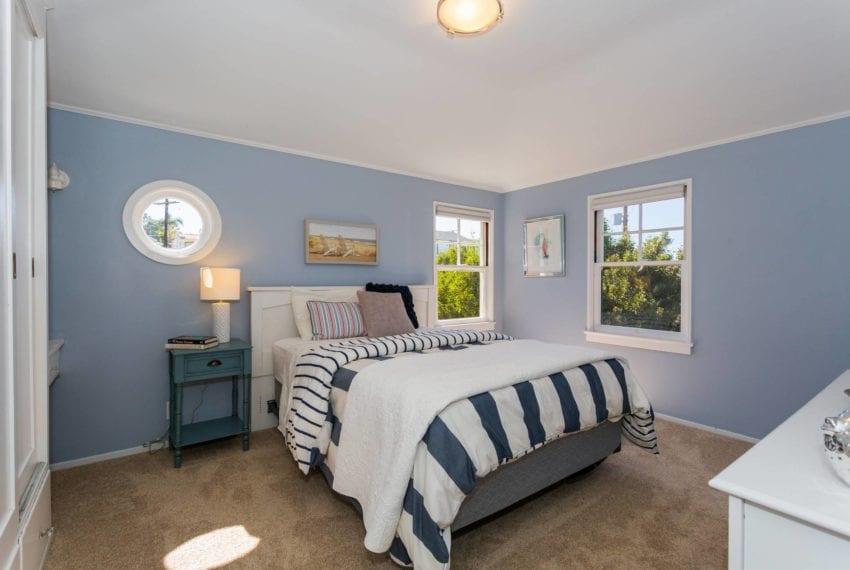 Bedroom 4-25